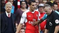 Wenger: 'Trọng tài phạt Xhaka quá nặng vì định kiến'