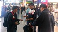 Từ Istanbul, tuyển Việt Nam mong về nhà đúng giờ