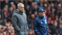 Mourinho đổ lỗi cho các cầu thủ trên hàng công, mắng phóng viên