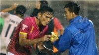 Pha ăn chuối kinh điển của Man United được tái hiện ở V-League