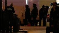 Đấu súng trên Đại lộ Champs-Elysees, IS bắn chết cảnh sát Pháp