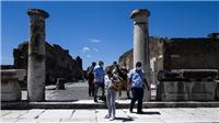 Dịch Covid-19: Các nước châu Âu ngóng chờ du khách quay trở lại
