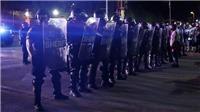 Biểu tình biến thành bạo loạn tại Kentucky Mỹ, có cảnh sát bị thương
