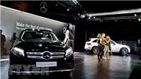 Hai 'ông lớn' BMW và Mercedes-Benz bị kiện