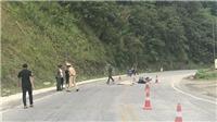 Va chạm với ô tô kéo rơ-moóc, một phụ nữ quốc tịch Mexico đi mô tô tử vong