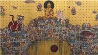 Họa sĩ Bùi Thanh Tâm dát vàng lên tranh trong triển lãm 'Không có gì ở đằng sau'