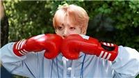 Xuất hiện chớp nhoáng, Jungkook BTS làm cháy hàng bộ đồ chất chơi đắt đỏ