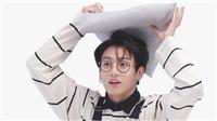 Cùng 1 chiếc áo người ta mặc ngầu mà Jungkook BTS như em bé