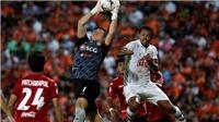 Văn Lâm nói điều bất ngờ sau khi lọt vào đội hình tiêu biểu Thai League