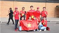 CĐV Việt Nam đến sớm, tiếp sức cho tuyển Việt Nam