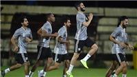 UAE tăng tốc tập luyện tại Thái Lan, đến Hà Nội bằng chuyên cơ
