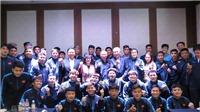Đại sứ Việt Nam tại Hàn Quốc thăm đội tuyển U23 Việt Nam