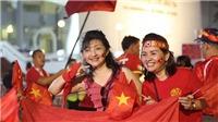 CĐV Việt Nam biến Rajamangala thành sân nhà của Việt Nam
