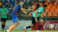 Văn Lâm bất lực cùng Muangthong thua trắng Port FC
