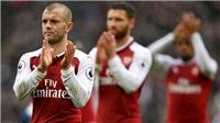 Jamie Carragher: 'Arsenal ngày càng tệ, quên Top 4 được rồi'