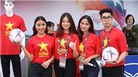 TRỰC TIẾP Việt Nam vs Malaysia: Dàn 'Mỹ nữ' đổ bộ về Mỹ Đình tiếp lửa cho đội tuyển