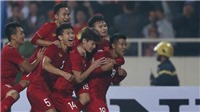 VIDEO: Văn Hậu vỉa má điệu nghệ, Đức Chinh 'xỏ háng' thủ môn Thái Lan ghi bàn