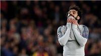 Barca 3-0 Liverpool: Hậu vệ Barca sẵn sàng... gãy răng để  'khóa chân' Salah