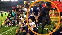 Mbappe đẩy Neymar ra ngoài, không cho chụp hình sau khi giành Siêu cúp Pháp