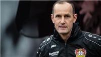 HLV Bundesliga bị cấm chỉ đạo vì ra ngoài mua... kem đánh răng