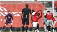 MU: Pogba bị 'đánh hội đồng' vì pha dùng tay cản bóng cực thô ở trận hòa West Ham