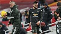 Liverpool 0-0 MU: Bruno Fernandes nổi nóng khi bị thay ra, Solskjaer nói gì?