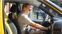 Tổng thống Putin từng từ chối làm quan, muốn lái taxi nuôi gia đình