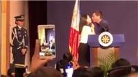 Tổng thống Philippines gây sốc khi 'khóa môi' cô gái trẻ tại Hàn Quốc