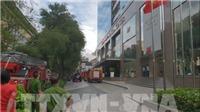 Cháy tại tòa nhà cao tầng trung tâm TP HCM, hàng trăm người được sơ tán