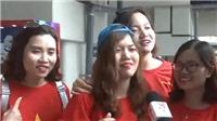 Trần ngập sắc đỏ 'tiếp lửa' U23 Việt Nam tại sân bay quốc tế Jakarta
