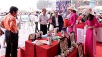 Phú Thọ quảng bá đồ lưu niệm đặc trưng: Phiên bản Trống đồng, thịt chua Thanh Sơn, bưởi Đoan Hùng...