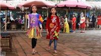 Trình diễn thời trang lấy cảm hứng từ tranh Kim Hoàng