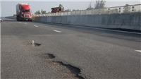 VEC: Ngày 17/10 sẽ sửa xong mặt đường hư hỏng tại cao tốc Đà Nẵng - Quảng Ngãi