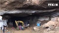 VIDEO tìm thấy 1 nạn nhân vụ sập hầm vàng tại Hòa Bình