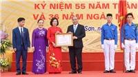 Thủ tướng Nguyễn Xuân Phúc về thăm mái trường xưa
