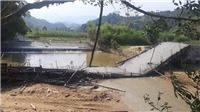 Yên Bái: Cầu bất ngờ bị sập khi đang thi công