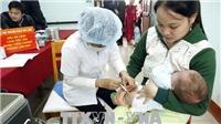 Vận động các phụ huynh đưa trẻ đi tiêm bổ sung vắc xin phòng bệnh sởi - rubella đầy đủ