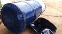 Cưa vỏ thùng xăng, hai người bị thương nặng