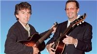 Ca khúc 'While My Guitar Gently Weeps': Eric Clapton và cây guitar 'rớm lệ' của George Harrison