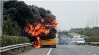 42 du khách Hong Kong thoát chết trong vụ xe buýt phát nổ ở TRung Quốc
