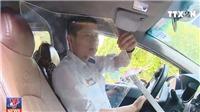 Liệu có an toàn lắp tấm chắn bảo vệ cho lái xe taxi?