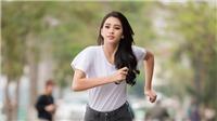 Hoa hậu Tiểu Vy chạy bộ quanh Hồ Tây gây quỹ từ thiện