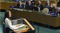 Angelina Jolie: Phụ nữ không phải là những người ăn bám