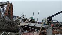 Sập giàn giáo tại Nam Định, 8 người thương vong