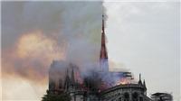 Vụ cháy Nhà thờ Đức Bà Paris: Bảo toàn được phần tháp chuông chính và tường nhà thờ