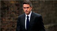 Bộ trưởng Quốc phòng Anh bị cách chức vì Huawei