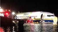 Mỹ: Máy bay Boeing 737 chở 136 hành khách lao xuống sông