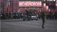 Siêu xe mui trần của Tổng thống Nga Putin trình làng tại buổi tổng duyệt diễu binh Ngày Chiến thắng