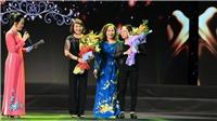 Gala Ngôi sao sân khấu Việt Nam 2019: Tặng quà 33 nghệ sĩ có hoàn cảnh khó khăn