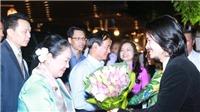 Đạo diễn Hoàng Nhật Nam đón tiếp Tổng thống Myanmar dự show thực cảnh 'Tinh hoa Bắc Bộ'